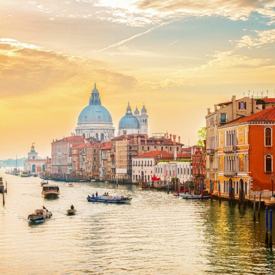 Where To Stay in Venice Italy - City Guide - WeWorkToTravel